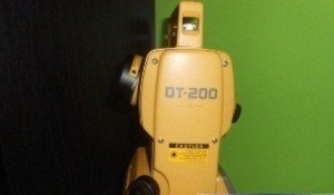 Total Station Topcon DT-205